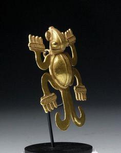 PANAMANIAN GOLD AMPHIBIAN PENDANT. Veraguas, Panama, ca 800 to 1200 CE.