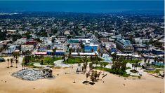 Prečo sa New York nazýva Veľké jablko alebo 7 prezývok známych miest - Akčné ženy Venice Beach California, California City, Southern California, Best Honeymoon Destinations, Family Vacation Destinations, Vacations, Travel Destinations, Long Beach Airport, Venice City