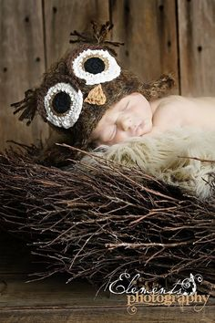 Owl hat for newborn photo shoot!