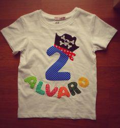Camiseta pirata de Sandiecosecositas en Etsy