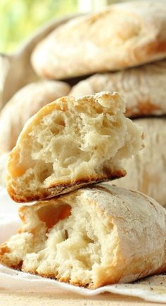 Not dessert but I love the photo http://foodnessgracious.com/2014/07/homemade-ciabatta-bread-rolls/?utm_source=feedburner&utm_medium=email&utm_campaign=Feed:+FoodnessGracious+(Foodness+Gracious)