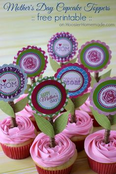 Treat Mom extra special this Mother's Day with these fun and easy to make printable Mother's Day Cupcake Toppers! Pin to your Cupcake Board!