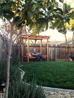 Trendy Hinterhof Pergola Schaukel Decks Ideen There are several things that can lastly complete Backyard Swings, Pergola Swing, Backyard Pergola, Pergola Plans, Backyard Landscaping, Gazebo, Corner Pergola, Small Pergola, Metal Pergola