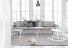 scandinavian home, livingroom Table Shelves, Beach House Decor, Home Decor, Interior Decorating, Interior Design, Scandinavian Home, Coastal Decor, Room Interior, My Dream Home