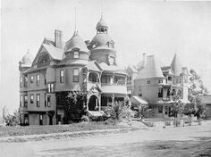 """This is what the """"HOTEL MELROSE"""" (located in Lost Angeles, California, on Bunker Hill)  used to look like when it was still brand new (back in 1881)"""