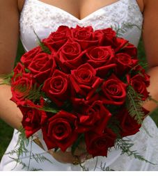 Get expert wedding planning advice and find the best ideas for wedding decorations, wedding flowers, wedding cakes, wedding songs, and more. Wedding Bouquets, Wedding Flowers, Wedding Songs, Wedding Stuff, Red Rose Wedding, Red Rose Bouquet, Wedding Consultant, Wedding Planning, Wedding Ideas