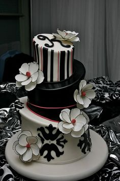 So Incredibly Pretty Wedding Cakes -  Cake: Confectionery Designs;