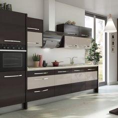 Inspirație în bucătăria Italia oferită de Mobila Laguna se încadrează în gama de bucătării moderne, cu un stil unic si avangardist. Te asteptam pe site-ul nostru cu sute de modele pentru toate gusturile!