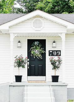 Copy Joanna S Farmhouse Style 30 Things To Paint White