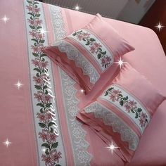 Stylish 20 Bedroom Lace Pique Bedding Set From Each Other . - Home Decor Bed Cover Design, Cushion Cover Designs, Bed Design, Cute Pillows, Diy Pillows, Decorative Pillows, Draps Design, Bed Sheet Painting Design, Rustikalen Shabby Chic
