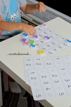 counting: fill in the missing number Numbers Preschool, Teaching Math, Math Activities, Preschool Activities, Preschool Projects, Projects For Kids, Act Math, Shape Templates, Math Skills