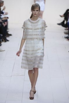 Chloé RTW Spring 2013 - Rich Girl, Catwalks, Champs, Runway Fashion, Lace Skirt, Chloe, Ready To Wear, Women Wear, Collections