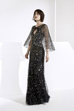 Get inspired and discover Jenny Packham trunkshow! Shop the latest Jenny Packham collection at Moda Operandi. Jenny Packham, Evening Dresses, Prom Dresses, Dresscode, Michael Cinco, Ellie Saab, Fashion Show Collection, Beautiful Gowns, Dream Dress