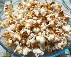 Receita de Pipoca doce fácil de fazer Snack Recipes, Snacks, Chocolate, Popcorn, Popcorn Recipes, Sweet Recipes, Pictures, Beverage, Snack Mix Recipes