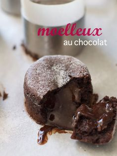 Moelleux Au Chocolat (Molten Chocolate Cake) - My Cooking Hut - Food & Travel Molten Chocolate, Chocolate Recipes, Chocolate Cake, Yummy Treats, Sweet Treats, Yummy Food, Molten Cake, Chocolate Delight, Yummy Drinks