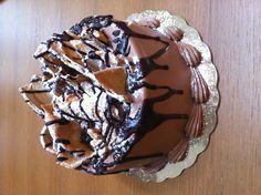 Cannoli Cake | Felix's Cakeateria 2012
