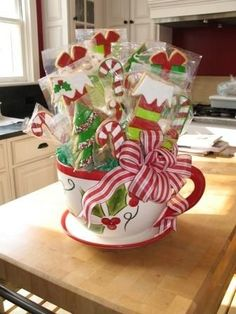 Christmas cookie gift baskets ideas