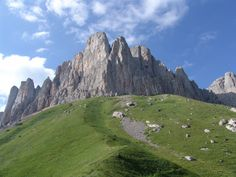 "Гора Большой Тхач -Mountain Big Thach (2368.4 m) is located in the natural park ""Big Thach,"" which in 1999 was included in the UNESCO World Heritage List. Adygea"