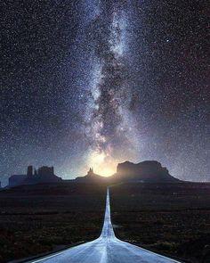 4,747 отметок «Нравится», 25 комментариев — Beyond Our Sight (@bosplanet) в Instagram: «Milky Way  A classic shot down road 163 towards Monument Valley. Credit: @500px . #space…»