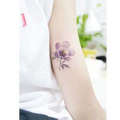 : purple gentian . . #tattooistbanul #tattoo #tattooing #tattoosupplybell #equillatera #gentian #flower #flowertattoo #watercolortattoo #colortattoo #타투이스트바늘 #타투 #컬러타투 #꽃타투