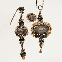 Jewelry Design, Clock, Drop Earrings, Finland, Vintage, Jewellery, Watch, Jewels, Jewelry Shop
