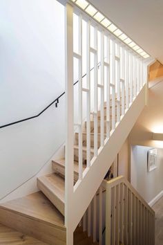 Gallery Brick House is a private house renovated and extended in 2016 by Neil Dusheiko Architects. The house is located in London, UK. Modern Stair Railing, Stair Railing Design, Home Stairs Design, Staircase Railings, Modern Stairs, House Design, Bannister, Loft Stairs, House Stairs