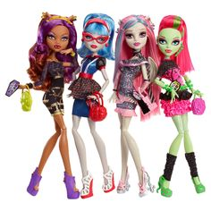 Monster High Ghouls Night Out 4 pack Clawdeen Wolf, Ghoulia Yelps, Rochelle Goyle, & Venus McFlyTrapp (owned 4/4)
