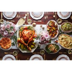 23 Thanksgiving Menus Your Family Will Absolutely Love ❤ liked on Polyvore featuring food and backgrounds