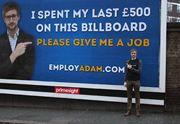 Adam Pacitti est chômeur et cherche désespérément un emploi. En dernier recours, il a décidé de tenter la campagne virale. Et c'est siiiii drôle. Dans un monde idéal, il n'y aurait ni meurtres ni violence ni faim dans le monde ni blagues sur les blondes. Dans un monde idéal, le saumon fumé serait moins cher [...]