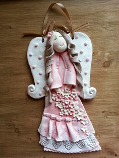Christmas Clay, Christmas Ornament Crafts, Angel Ornaments, Christmas Angels, Polymer Clay Creations, Polymer Clay Crafts, Felt Crafts, Diy And Crafts, Arts And Crafts