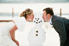Do you want to build a snowman? Perfect idea for a snowy #winterwedding Photo by Double Take Photography #weddingplanning