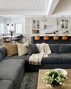Ideas farmhouse living room furniture couch wood beams for 2019 Big Living Rooms, Home Living Room, Living Room Designs, Living Room Decor, Dining Room, Small Living, Modern Living, Farmhouse Living Room Furniture, Couch Furniture