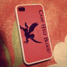 Ok, I know I'm not the only one who really wants this phone case now