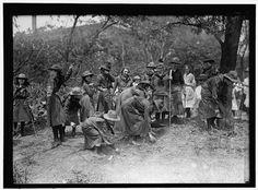 Photo Reprint GIRL SCOUTS GARDENING 1917 $7.99