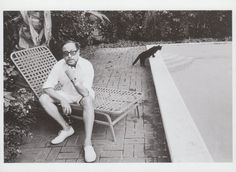 """Tennessee Williams & Cat on a Cool Pool Edge (doesn't have the same ring as """"Hot Tin Roof,"""" I guess)."""
