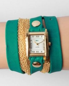 I LOVE these watches-Thank u Alli for mine that is kind of like it!
