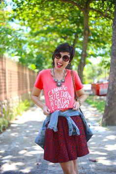 Ideias de looks criativos com camisetas*