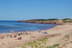 With of coastline, you're never too far from a beach while exploring Prince Edward Island. Here are some of the best beaches on PEI's north shore. Cavendish Beach, Nova Scotia Travel, Pei Canada, East Coast Road Trip, Photos Of Prince, Prince Edward Island, Anne Of Green Gables, Island Beach, North Shore