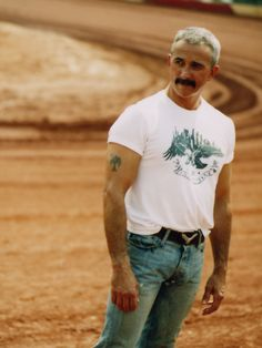 Aaron Tippin. Country music has some mighty fine men. And this, my friends, is a product of FLORIDA breeding.