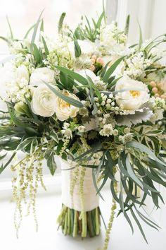 Gorgeous blooms: http://www.stylemepretty.com/2015/04/17/elegant-new-jersey-fall-wedding/ | Photography: Twah Dougherty - twahdougherty.com/