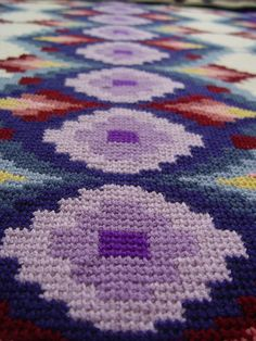 Another great baby blanket idea - I have tons of bargello patterns(from needlepoint) Bargello afghan-tunisian crochet (aka afghan stitch) Crochet Afgans, Knit Crochet, Tunisian Crochet Patterns, Bargello Patterns, Afghan Stitch, Tapestry Crochet, Crochet Home, Beautiful Crochet, Crochet Projects