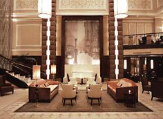 Explore our boutique hotel's Manhattan location when you stay at Carlton Hotel, Autograph Collection®. Our boutique Manhattan hotel's superior service and luxurious amenities let you indulge in your well-deserved vacation in the exciting big city. Manhattan Hotels, Nyc Hotels, Hotels And Resorts, Best Hotels, Hotel A New York, Hotel World, Public Hotel, Carlton Hotel, Vintage Hotels