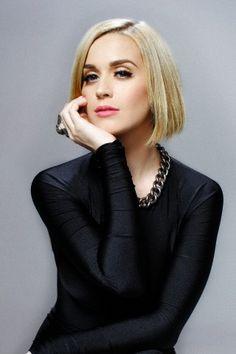 Katy Perry //Ani Oakley: looking all. Oral?! Whhaaaaaatt???//