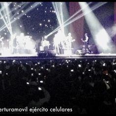 Ejército de móviles que no puedes ya desperdiciar #curaduría @therealroxette #uio