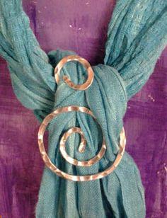 swirl scarf slide