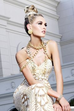 #Beauty #Fashion #Photography // Chic girl in beautiful dress with stylish accessories and #hairstyle