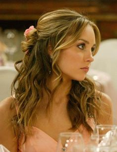 Half up half down. Whatever happened to this beautiful Amanda Bynes, we will nev… - All For Hairstyles Prom Hairstyles All Down, Sweet 16 Hairstyles, Homecoming Hairstyles, Wedding Hairstyles, Quince Hairstyles, Wedding Hair Front, Wedding Hair And Makeup, Hair Makeup, Amanda Bynes