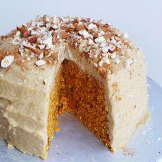 Raw Carrot Cake with Lemon Cinnamon Frosting, Vegan // inmybowl.com