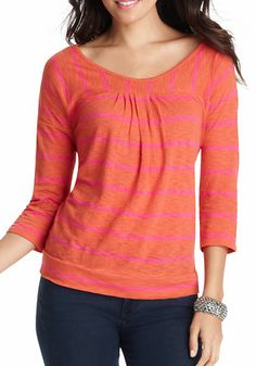 striped 3/4 sleeve top  http://rstyle.me/n/ph6nspdpe