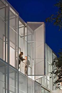 MRT Gebäude MDC-Campus Berlin-Buch,  Glass Kramer Löbbert Architekten,  Foto: Huthmacher